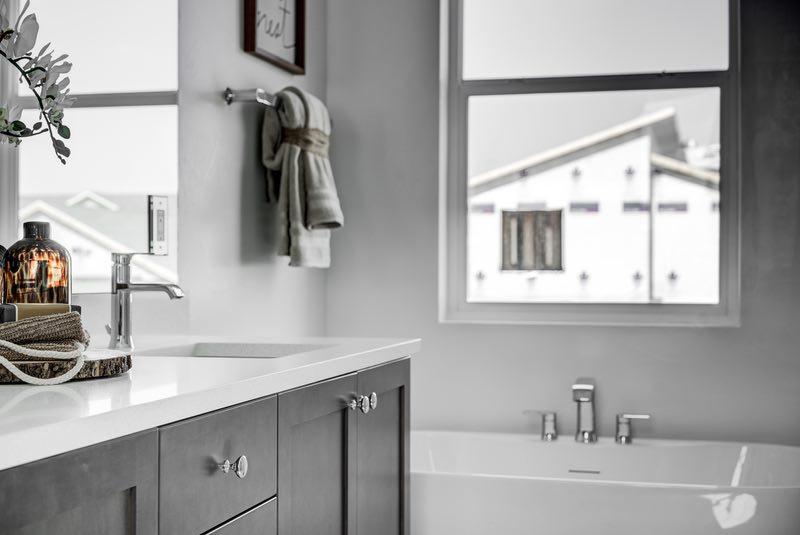 Bathroom wall | Pierce Flooring